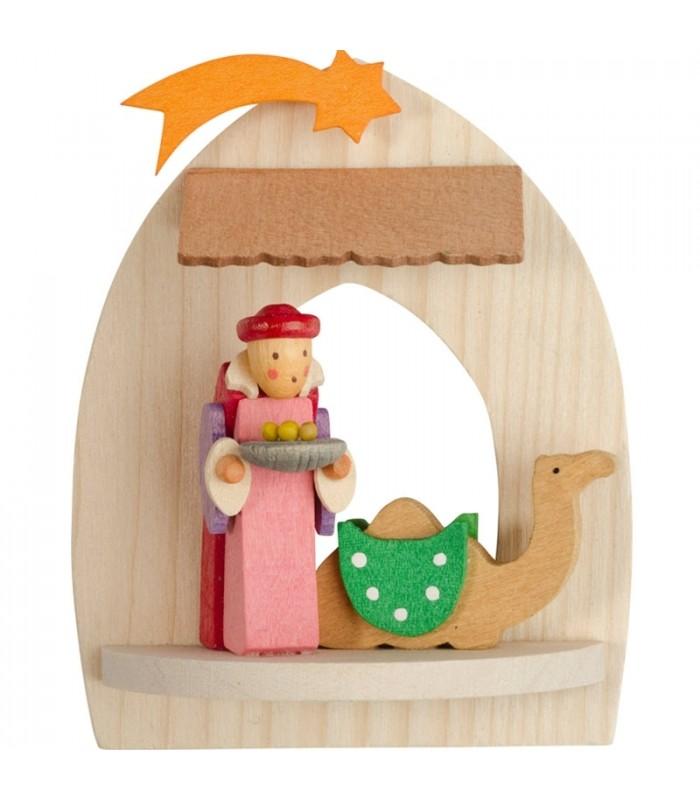 Balthazar le roi mage et un dormadaire dans une petite cr u00e8che de Noelà suspendre au sapin, bois  # Creche Bois Le Roi