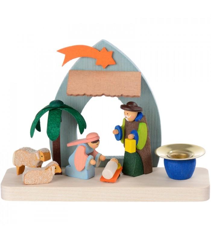 Cr che de noel pour enfant dans un petit bougeoir en bois peint - Creche de noel en verre ...