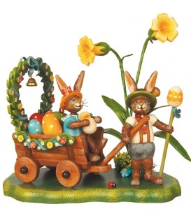 Lapin de Pâques en bois et charrette a oeufs