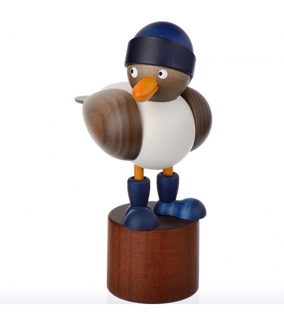 Deco marine d'une mouette en bois avec bonnet marin