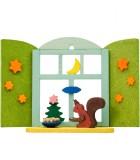 Décoration de sapin de Noël, écureuil devant fenêtre