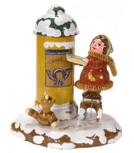 Village de Noël miniature, fillette et boite à lettre