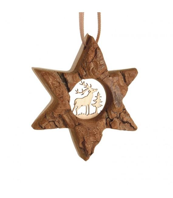 Etoile en bois, motif ciselé cerf, 7 cm