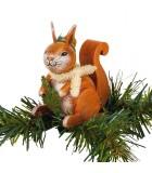 Ecureuil à clipser sur branche