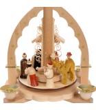 Pyramide de Noël avec bougies