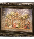 Crèche de Noël lumineuse, effet neige