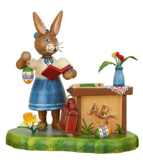 Lapin de Pâques en bois institutrice